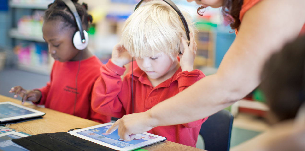 engaging diverse learners with technology Most teachers use technology to engage students in higher-level thinking the digital disconnect refers to the differences that students perceive between themselves and their teachers about the use of technology.