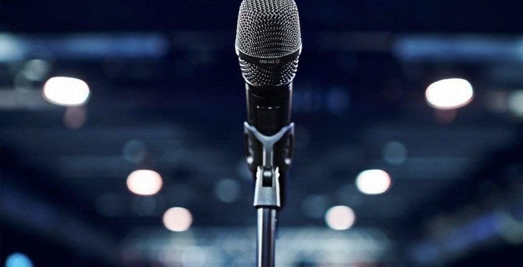 How to Maintain Good Microphone Hygiene